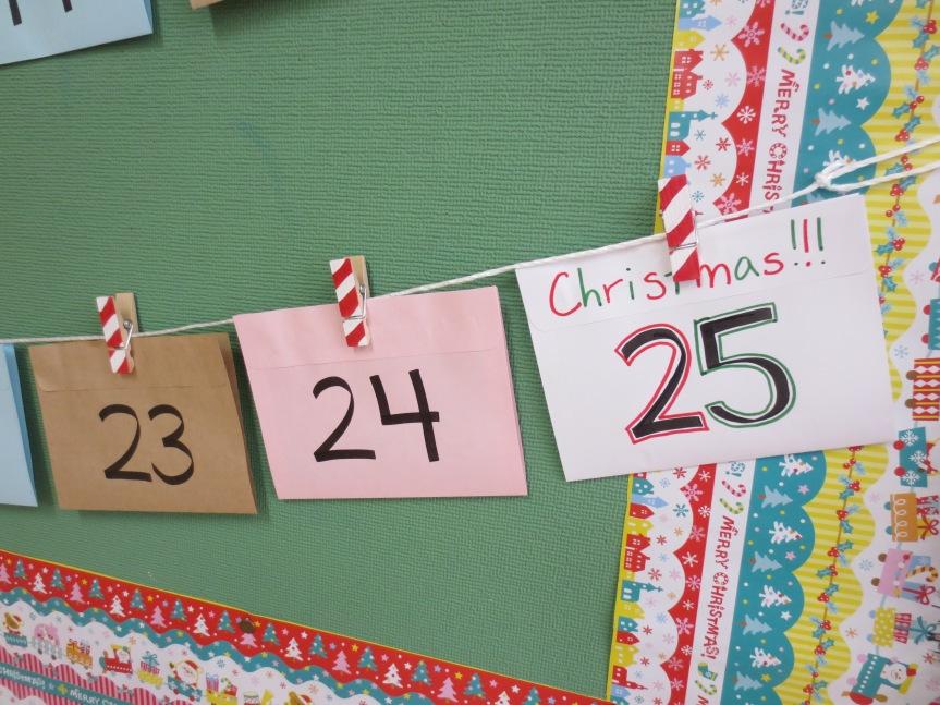 Advent Calendar Bulletin Board : Christmas bulletin board advent calendar 素敵なライフ